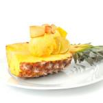 Lody anansowe z karmelizowaną gruszka - Izabela Płóciennik Catering Optima Wrocław